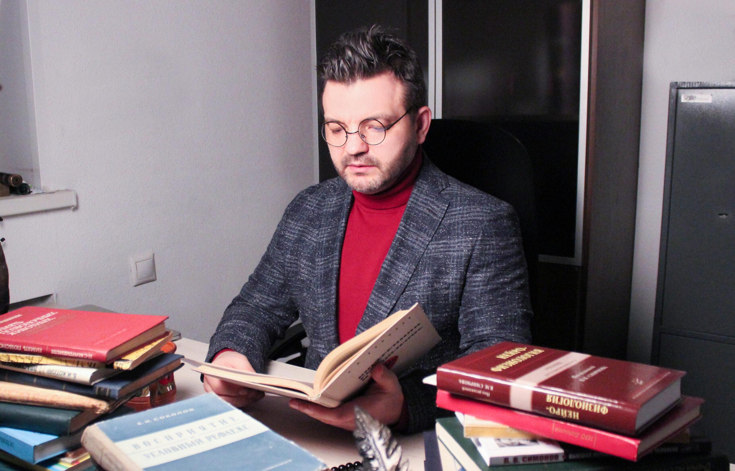 Психолог Валерий Ивановский: «Россиян несколько лет назад «перекодировали» на агрессию»